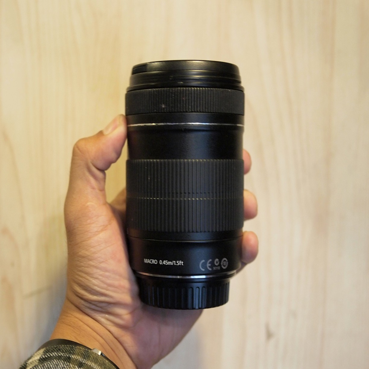 Canon EF-S 18-135mm f/3.5-5.6 IS - Good Condition | 2375